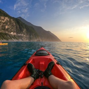 Qingshui cliff kayaking sunrise tour in Hualien